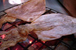 4 Cách nướng mực khô ngon cực kỳ đơn giản tại nhà