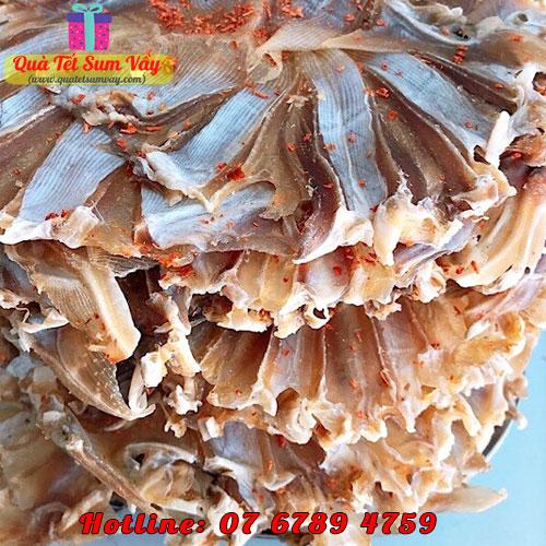 Khô cá đuối tẩm xẻ
