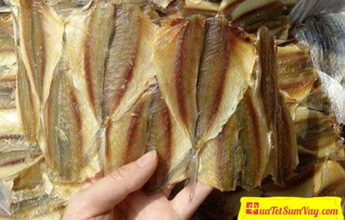 Cá chỉ vàng khô không tẩm giá