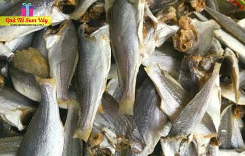 Khô cá đù nguyên con loại nhỏ