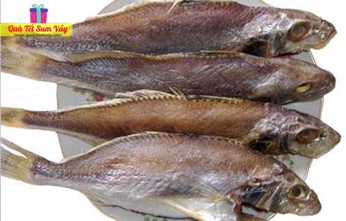 Khô cá đù nguyên con loại Lớn